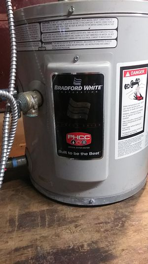 Hot water heater which little gray box electric water heater timer for Sale in Waterbury, CT