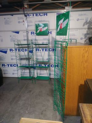 NEW 7 up Metal Display with 4 adj shelves. (4 display units) PLEASE READ DESCRIPTION for Sale in Las Vegas, NV