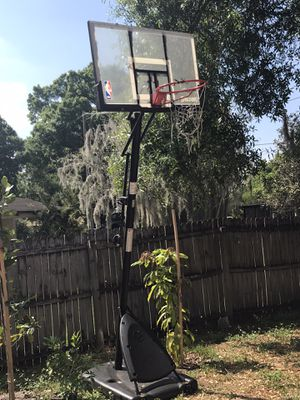 Basketball hoop for Sale in Frostproof, FL