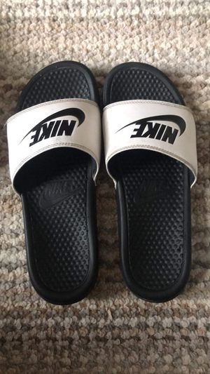 Nike slides for Sale in Devils Elbow, MO