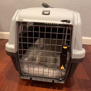 Midwest 24 Inch Dog Crate for Sale in Mount Hamilton, CA