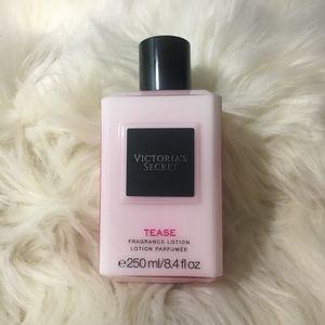 Victoria's Secret Tease Fragrance Body Lotion 8.4 fl. oz. for Sale in Tampa, FL