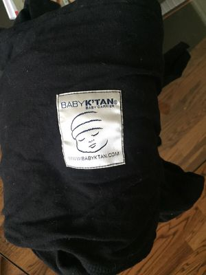 Baby K'tan baby carrier for Sale in Houston, TX