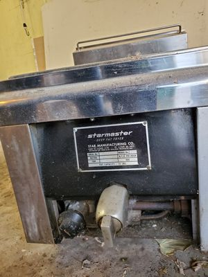 Table top deep fryer for Sale in Burbank, IL