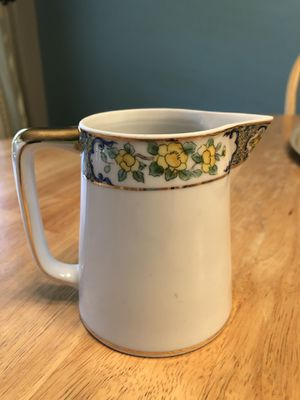 Gorgeous decorated creamer for Sale in Austin, TX