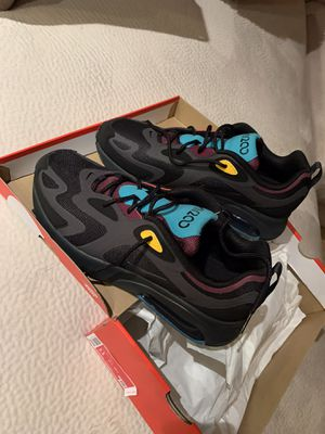 Nike Air Max 200 size 11 for Sale in Anaheim, CA