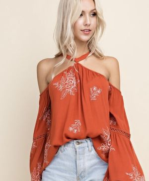 Gorgeous Halter Top & Jean Mini Skirt - new for Sale in Sandy, OR