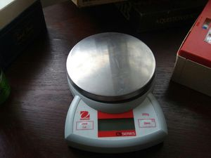 Ohaus cs series kitchen scale for Sale in North Royalton, OH