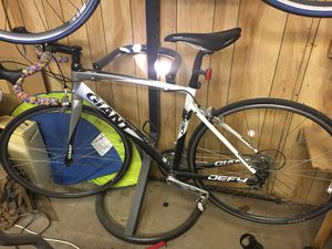 Giant Defy bike for Sale in Apache Junction, AZ