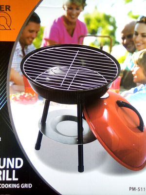 Mini Bbq Grill for Sale in Toledo, OH
