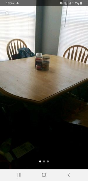 Wooden Table and Chairs set! for Sale in North Richland Hills, TX