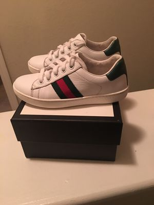 Kids Gucci Shoes SIZE 28 US 11 for Sale in Atlanta, GA