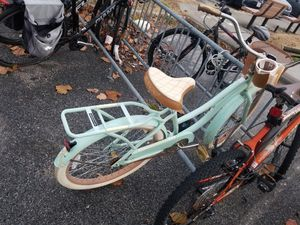 Huffy Cruiser (bike) for Sale in Norfolk, VA