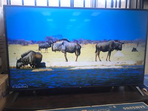 """LG - 82"""" Class UM8070PUA Series LED 4K UHD webOS TV for Sale in Claremont, CA"""