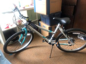 Girls Geared Mountain / Road Bike for Sale in Portland, OR