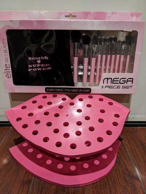 Valentine's day gift makeup brush organizer vanity for Sale in Las Vegas, NV