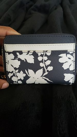 Michael kors small wallet for Sale in Elkridge, MD