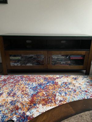 TV STAND with shelves & doors for Sale in Houston, TX