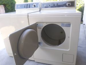 Large-capacity commercial quality heavy duty gas dryer for Sale in Carson, CA