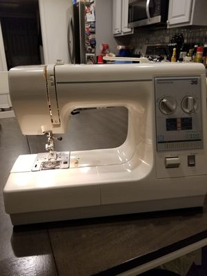 Kenmore sewing machine for Sale in Bowie, MD