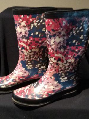 Women's 8.5 rain boots for Sale in Powder Springs, GA