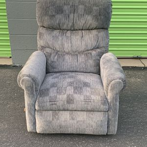 Lazy Boy Recliner Chair for Sale in Albuquerque, NM