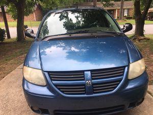 2005 Dodge Grand Caravan 198,767 miles $2200 for Sale in GILLEM ENCLAVE, GA