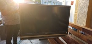 Large big screen tv very good condition for Sale in Corona, CA