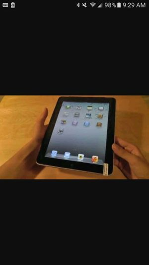 Apple iPad 1st generation for Sale in St. Louis, MO