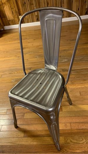 Chair for Sale in Fort Smith, AR