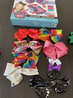JoJo bows, outfits, Gymboree skirt and crazy 8 skirt for Sale in Woodbridge, VA