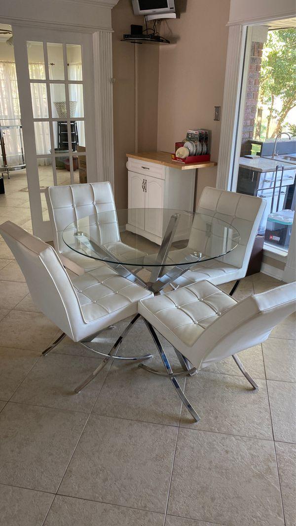 Modern table set