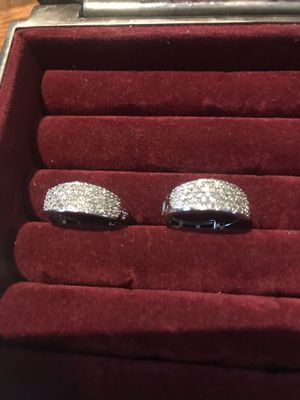 earrings gold and diamonds for Sale in Winthrop Harbor, IL