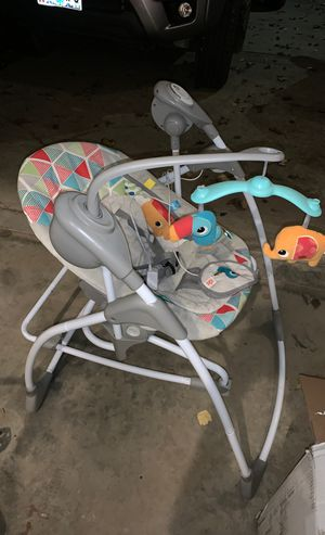 Kids 2 swinging baby chair/ rocker for Sale in Portland, OR