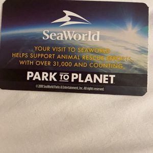Seaworld Ticket, 7 FREEEEE, I Cant Go for Sale in Miami, FL