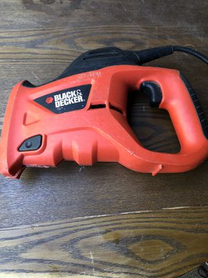 BLACK+DECKER 3.4-Amp Powered Hand Saw, PHS550 for Sale in Fresno, CA