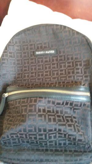 Tommy hilfiger bag for Sale in Golden, CO