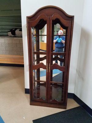 Glass cabinet for Sale in Everett, WA