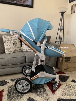 New Hot Mom 360 degree rotation stroller for Sale in East Wenatchee, WA
