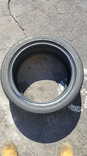 Used tire 225/45/R17 for Sale in Las Vegas, NV