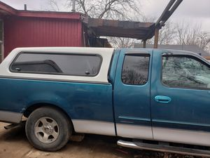 CAMPER SHELL FOR FORD F150 for Sale in Dallas, TX