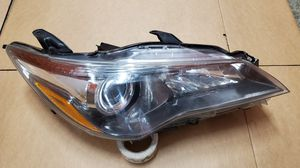 2015 2016 2017 TOYOTA CAMRY HALOGEN HEADLIGTH OEM RIGHT PASSENGER SIDE for Sale in Lawndale, CA