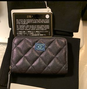 Authentic Chanel black iridescent zip card holder for Sale in Cypress, CA