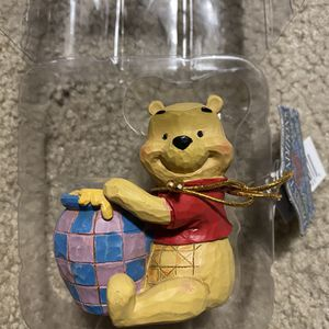 New In Box Disney Traditions Winnie The Pooh Figurine for Sale in Manteca, CA