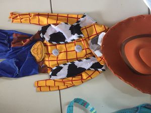 Costume Toy story Woody size 3T-4T for Sale in Miami, FL