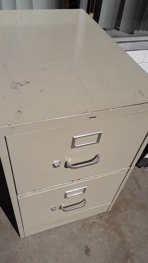 2 Drawer File Cabinet $5 for Sale in San Diego, CA