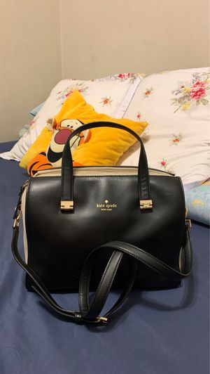 Authentic Kate Spade Satchel for Sale in Long Beach, CA