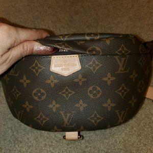 Louis Vuitton Bum Bag for Sale in Menifee, CA