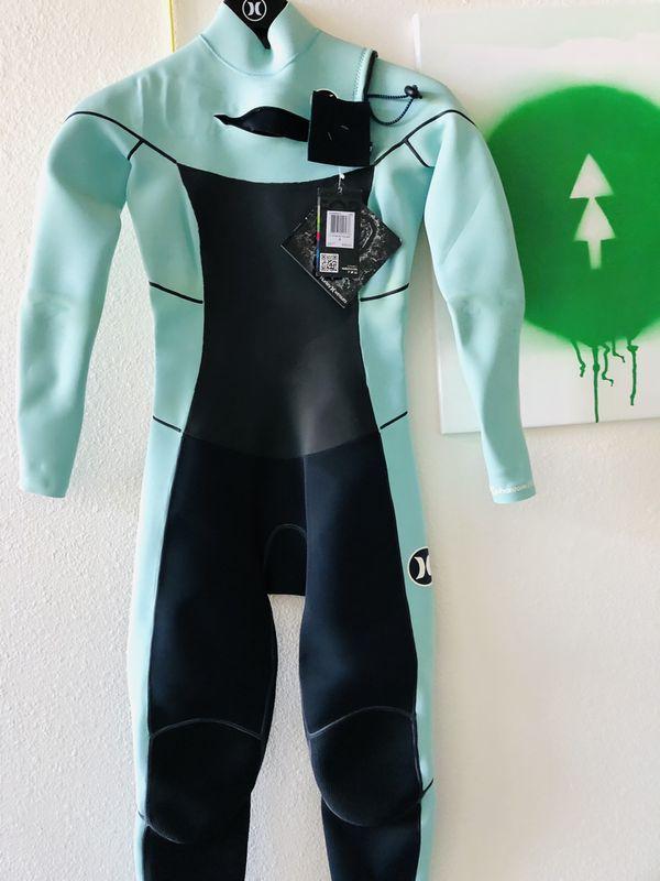 New women surfboard surf wetsuit fullsuit Hurley phantom 202 roxy O'Neill billboard