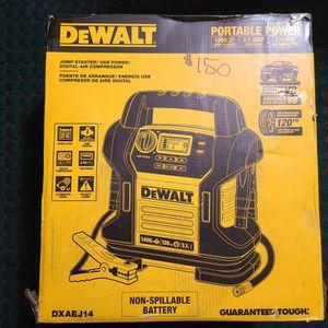 Dewalt 1400 Peak Amp Jump Starter with Digital Compressor for Sale in Harlingen, TX